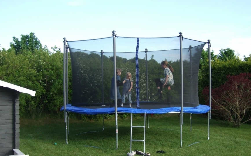 Backyard Trampolines   Best Trampolines For Your Backyard 2017 U2013 Review Zone
